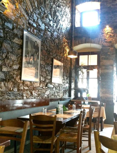 Image of Amvix - Italian restaurant in Syros, Greece.