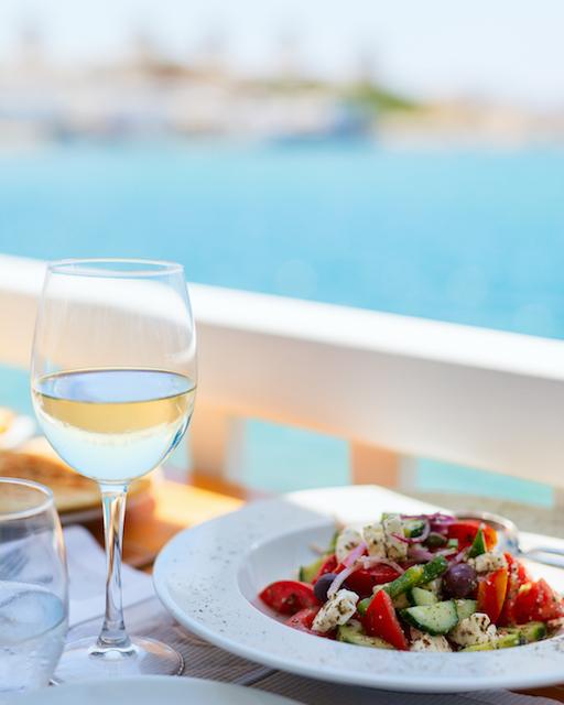 Eco-holidays Greece syros restaurants